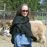 Lightweight alpaca and silk shawl: natural true black color