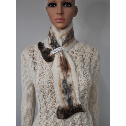 Small scarf : natural alpaca and silk : white Krystal with dark marbling