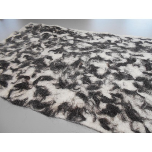 "Alpaca carpet : marbled design : ecological natural hypoallergenic: 54 x 90 cm (21x36"")"