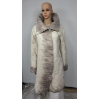 Three-quarter coat with belt and large collar - 100% natural alpaca