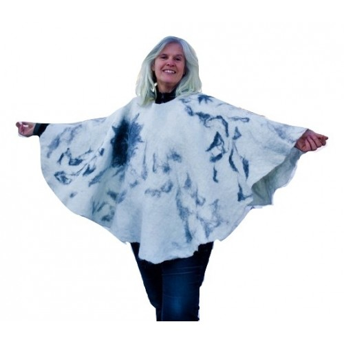 Natural Alpaca Poncho - white and gray with bird in flight pattern